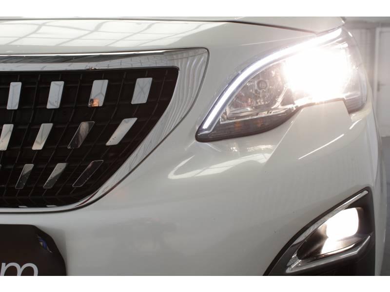 Peugeot 3008 BlueHDi 130ch S&S BVM6 Allure Blanc occasion à TARBES - photo n°14