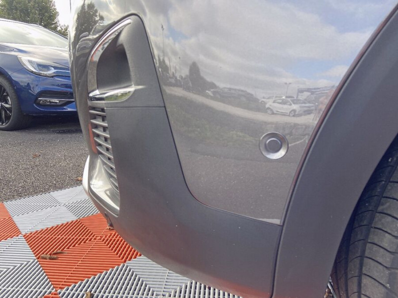 Peugeot 3008 HYBRID 225 e-EAT8 GT LINE Toit Ouvrant Chargeur 7.4kW 1°Main Gris occasion à Montauban - photo n°11