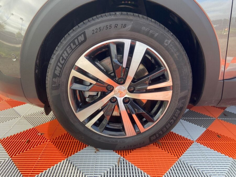 Peugeot 3008 HYBRID 225 e-EAT8 GT LINE Toit Ouvrant Chargeur 7.4kW 1°Main Gris occasion à Montauban - photo n°9