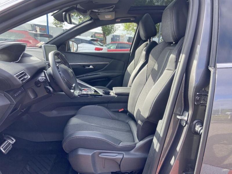 Peugeot 3008 HYBRID 225 e-EAT8 GT LINE Toit Ouvrant Chargeur 7.4kW 1°Main Gris occasion à Montauban - photo n°5