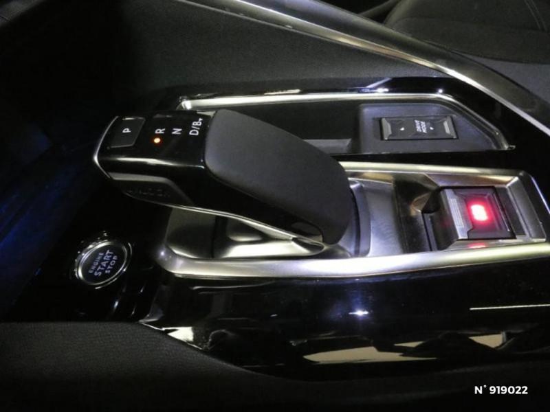 Peugeot 3008 HYBRID 225ch GT Line e-EAT8 10cv Blanc occasion à Cesson - photo n°15