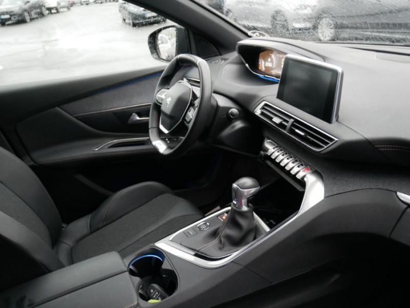Peugeot 3008 PureTech 130 BV6 GT LINE Hayon Barres de Toit Gris occasion à Carcassonne - photo n°9