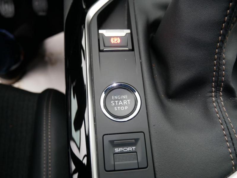 Peugeot 3008 PureTech 130 BV6 GT LINE Hayon Barres de Toit Gris occasion à Carcassonne - photo n°16