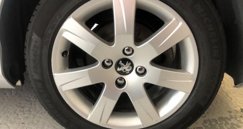 Peugeot 308 SW 1.6 e-HDi115 FAP Style Gris occasion à ROUEN - photo n°7