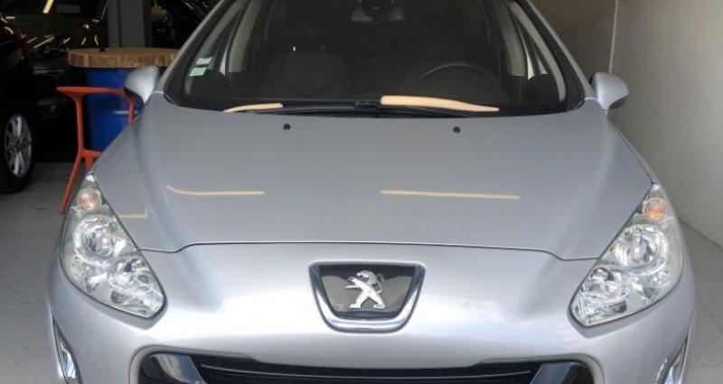 Peugeot 308 SW 1.6 e-HDi115 FAP Style Gris occasion à ROUEN - photo n°3