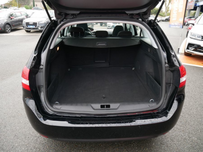 Peugeot 308 SW BlueHDi 130 EAT6 BUSINESS GPS TOIT Pano Noir occasion à Carcassonne - photo n°6