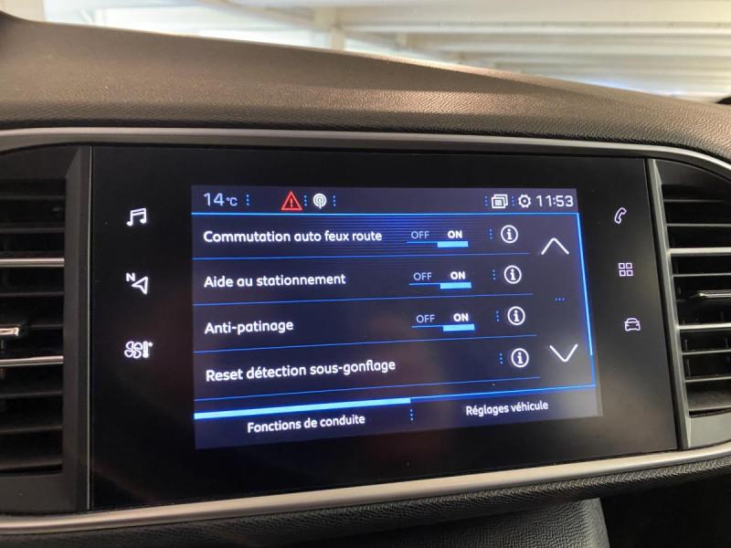 Peugeot 308 SW SW 1.2i PureTech 12V S&S - 130  Allure  occasion à Saint-Étienne - photo n°20