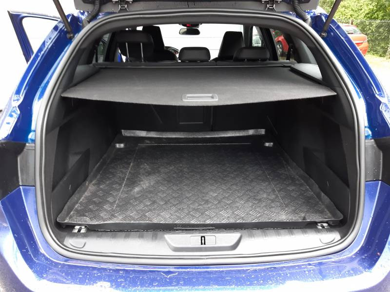 Peugeot 308 SW SW 2.0 BlueHDi 180ch S&S EAT6 GT Bleu occasion à Tulle - photo n°15
