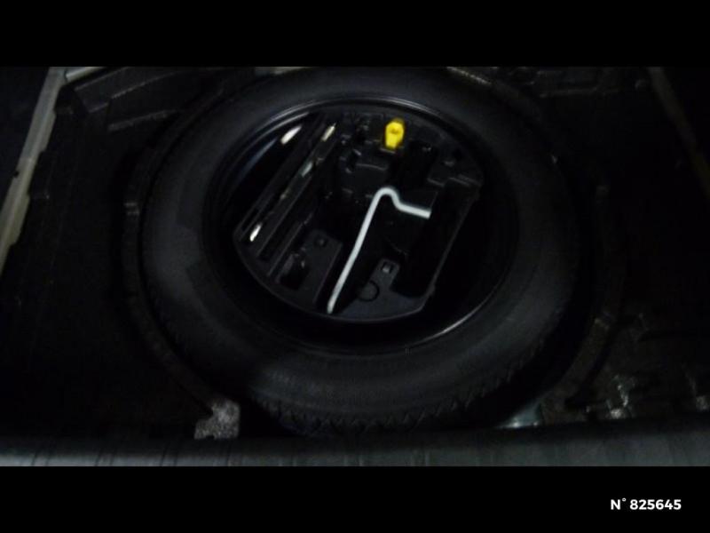 Peugeot 308 1.2 PureTech 130ch S&S Allure EAT6 Gris occasion à Avon - photo n°8