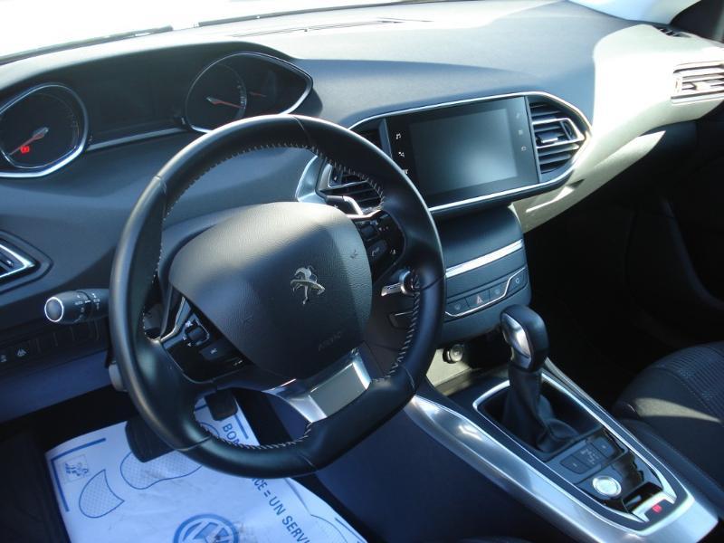 Peugeot 308 1.5 BlueHDi 130ch S&S Allure Business EAT6 Blanc occasion à Aurillac - photo n°12
