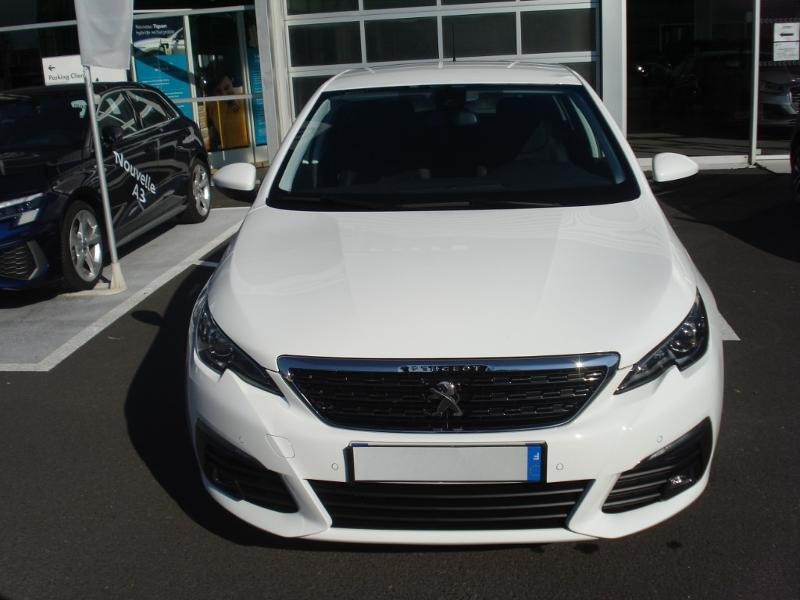Peugeot 308 1.5 BlueHDi 130ch S&S Allure Business EAT6 Blanc occasion à Aurillac - photo n°2