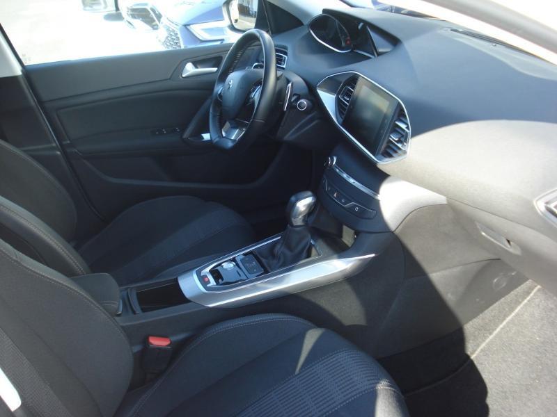 Peugeot 308 1.5 BlueHDi 130ch S&S Allure Business EAT6 Blanc occasion à Aurillac - photo n°14
