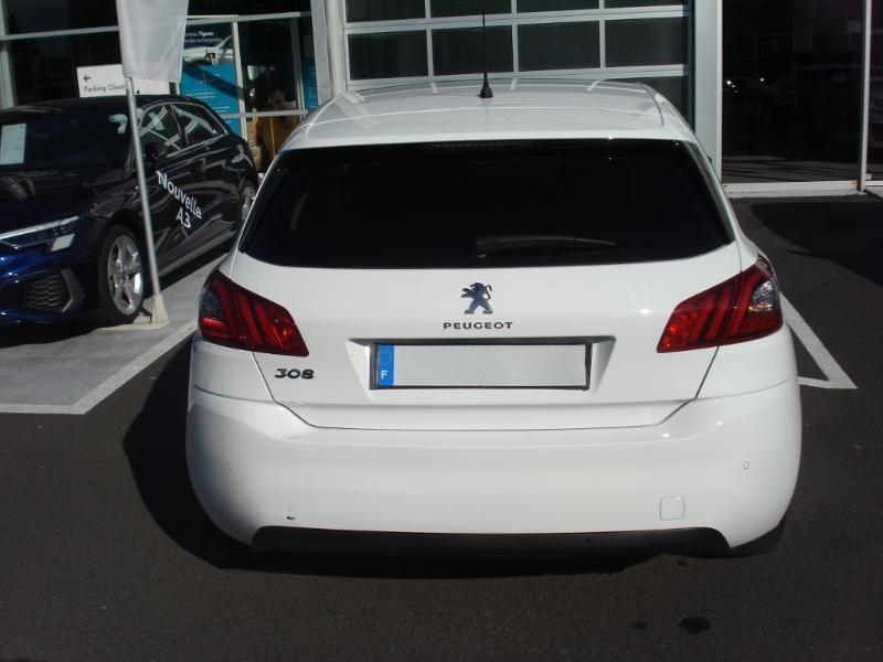 Peugeot 308 1.5 BlueHDi 130ch S&S Allure Business EAT6 Blanc occasion à Aurillac - photo n°20
