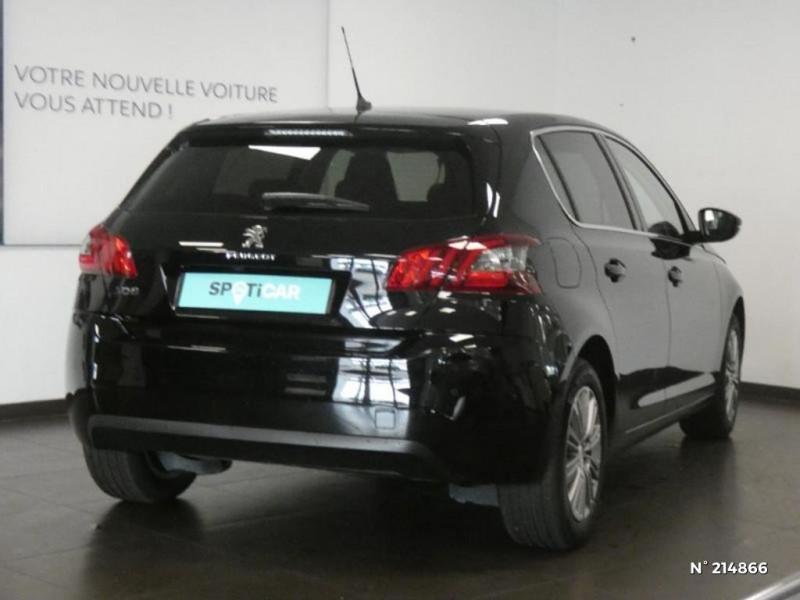 Peugeot 308 1.5 BlueHDi 130ch S&S Allure Noir occasion à Corbeil-Essonnes - photo n°16