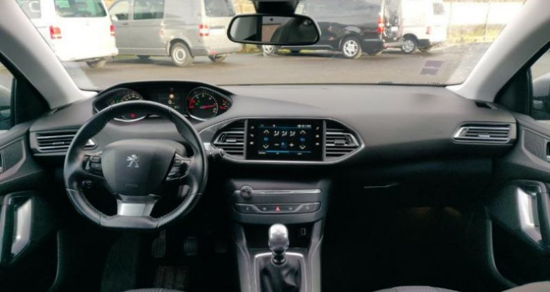 Peugeot 308 1.6 BlueHDi 120ch S&S Allure Business Gris occasion à La Rochelle - photo n°6