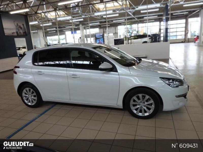 Peugeot 308 1.6 BlueHDi 120ch Style S&S 5p Blanc occasion à Meaux - photo n°4