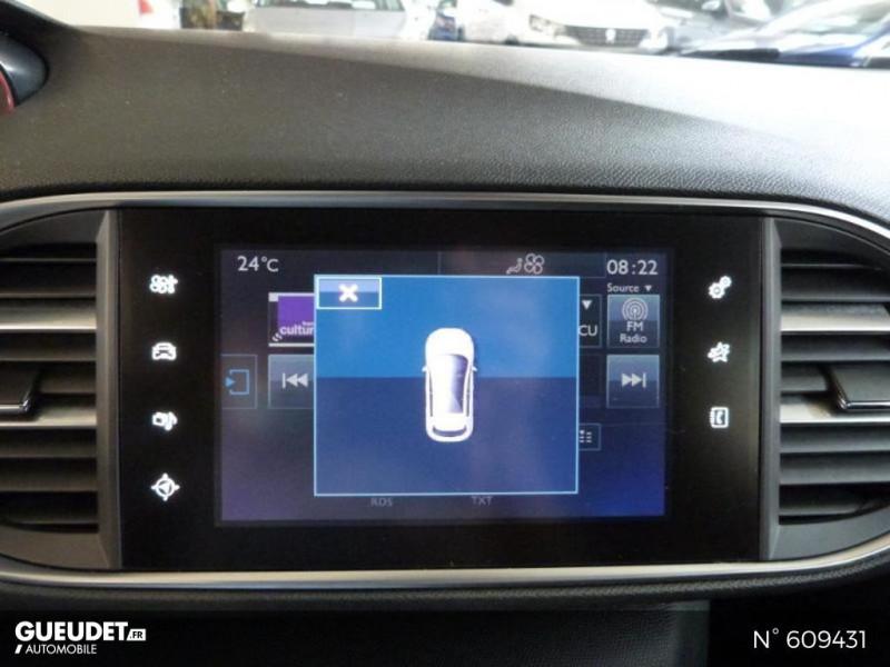 Peugeot 308 1.6 BlueHDi 120ch Style S&S 5p Blanc occasion à Meaux - photo n°14