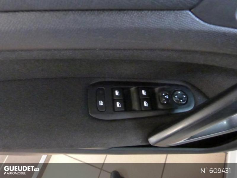 Peugeot 308 1.6 BlueHDi 120ch Style S&S 5p Blanc occasion à Meaux - photo n°18