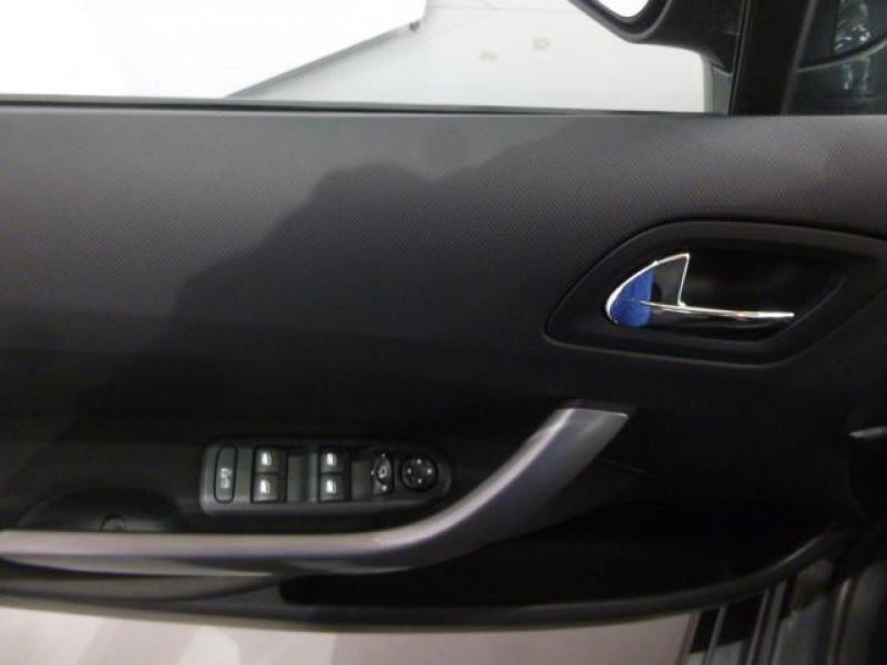 Peugeot 308 1.6 HDi 92ch FAP Style Gris occasion à VIRE - photo n°7