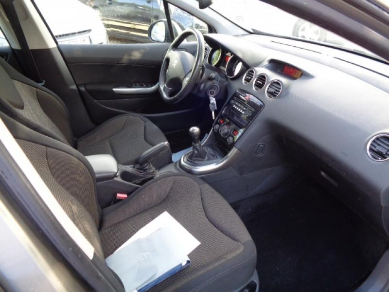Peugeot 308 1.6 HDI92 FAP STYLE III 5P Gris occasion à Aucamville - photo n°4
