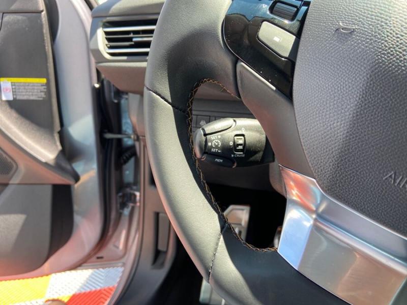 Peugeot 308 New BlueHDi 130 BV6 ROADTRIP Full Leds GPS Caméra Gris occasion à Lescure-d'Albigeois - photo n°18