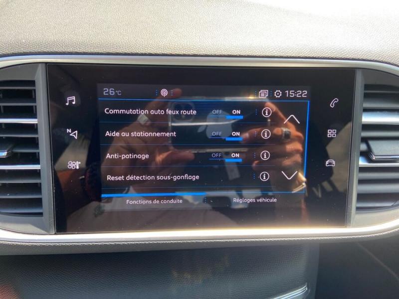 Peugeot 308 New BlueHDi 130 BV6 ROADTRIP Full Leds GPS Caméra Gris occasion à Lescure-d'Albigeois - photo n°16