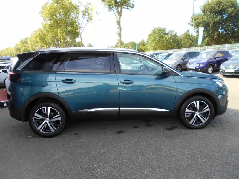 Peugeot 5008 5008 1.2 PureTech 130ch SetS BVM6 Allure Business Bleu occasion à Bessières - photo n°2