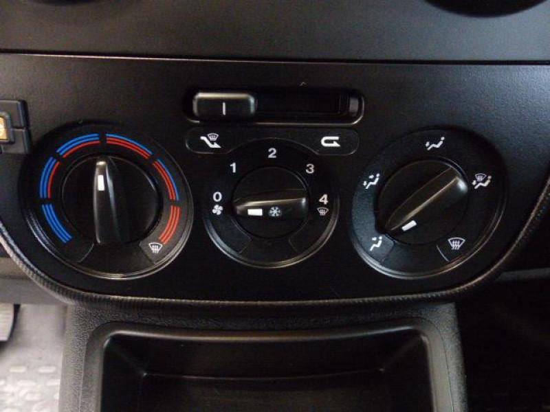 Peugeot Bipper 117 L1 1.3 HDI 75 FAP PACK CLIM Blanc occasion à MORLAIX - photo n°11