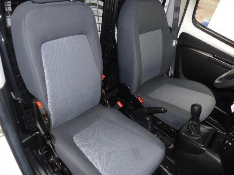 Peugeot Bipper 117 L1 1.3 HDI 75 FAP PACK CLIM Blanc occasion à MORLAIX - photo n°6