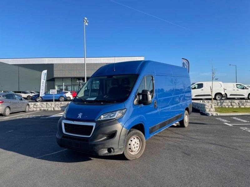 Peugeot Boxer 335 L3H2 2.0 BLUEHDI 130 PRO Bleu occasion à Labège