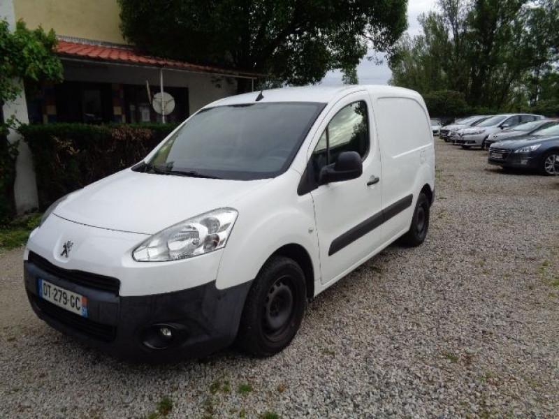 Peugeot Partner occasion 2015 mise en vente à Aucamville par le garage AUTOS 4X4 AZUR - photo n°1