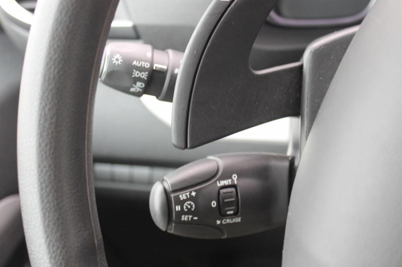 Peugeot Traveller 2.0 BLUEHDI 180CH S&S LONG BUSINESS  EAT8 144G  occasion à Saint-Saturnin - photo n°8