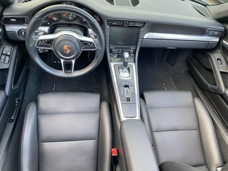 Porsche 911 Type 991 3.0 Targa 4 PDK Noir occasion à BEAUPUY - photo n°2