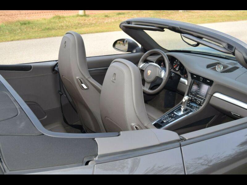 Porsche 911 Type 991 3.8 Carrera 4S Cabriolet Gris occasion à BEAUPUY - photo n°6