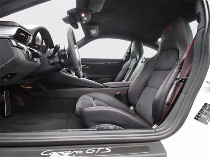 Porsche 911 Type 991 3.8 Carrera GTS PDK Blanc occasion à BEAUPUY - photo n°4