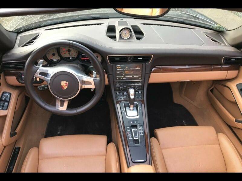 Porsche 911 Type 991 3.8 Targa 4S PDK Marron occasion à BEAUPUY - photo n°2