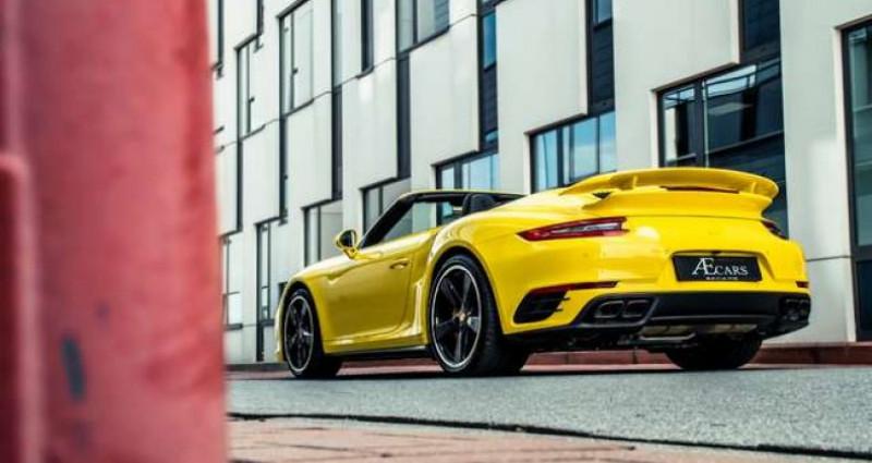 Porsche 911 Type 991 991.2 TURBO S - 1 OWNER - FULL - CARBON Jaune occasion à IZEGEM - photo n°2