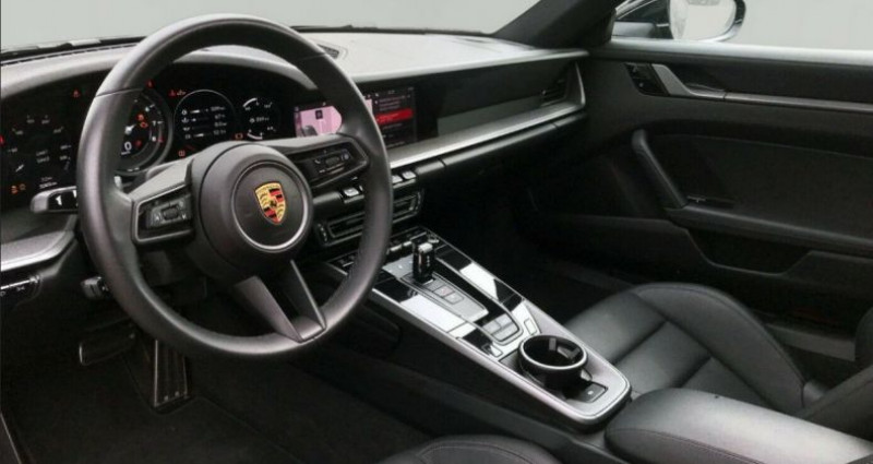 Porsche 911 (992) COUPE 3.0 450 CARRERA  PDK8 04/2019 Noir occasion à Saint Patrice - photo n°4