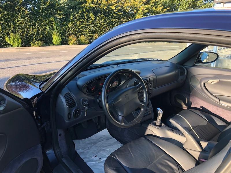 Porsche 911 (996) 300CH CARRERA BV6 Bleu occasion à Vacquiers - photo n°8