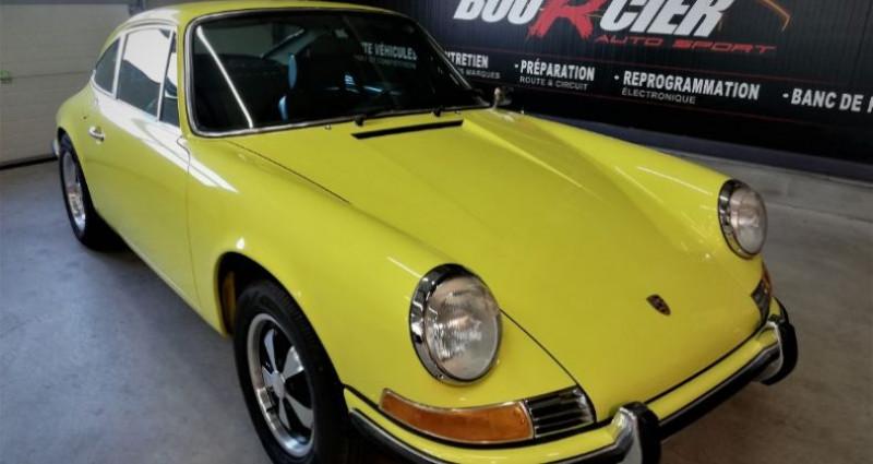 Porsche 911 2.4 T Jaune occasion à Saint-barthélemy-d'anjou - photo n°2