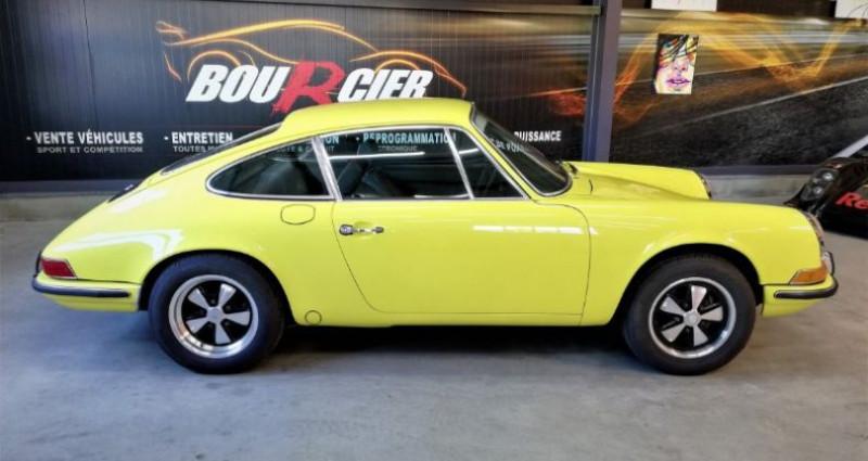 Porsche 911 2.4 T Jaune occasion à Saint-barthélemy-d'anjou - photo n°6