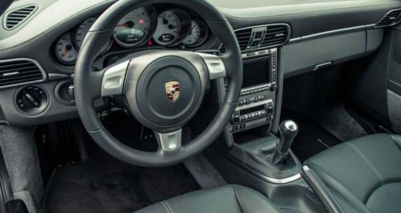 Porsche 911 4S - MANUAL - CERAMIC BRAKES - FULL HISTORY Gris occasion à IZEGEM - photo n°6