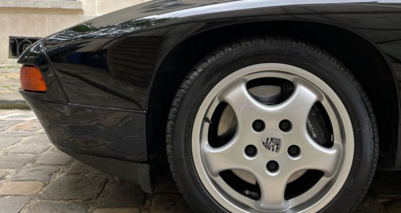 Porsche 928 GTS Noir occasion à Versailles - photo n°7