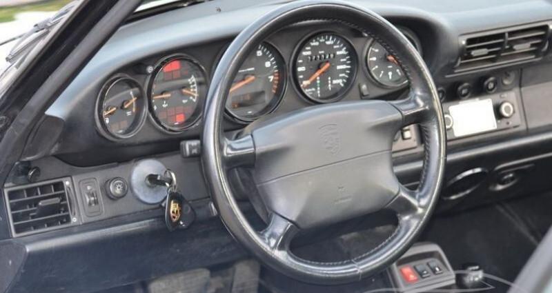 Porsche 993 COUPE TIPTRONIC Noir occasion à PARIS - photo n°4