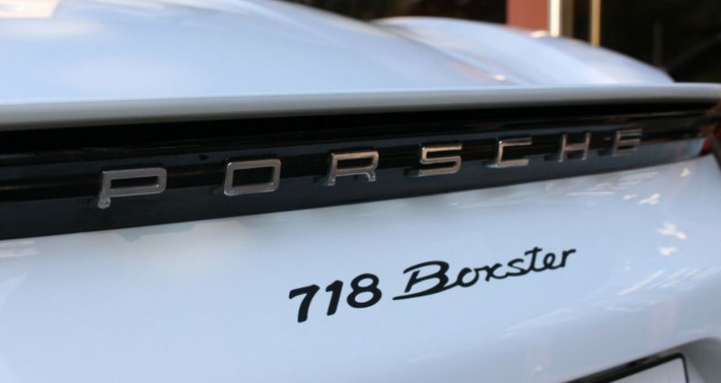 Porsche Boxster 718 Boxster 2.0 300ch Blanc occasion à Boulogne-Billancourt - photo n°5
