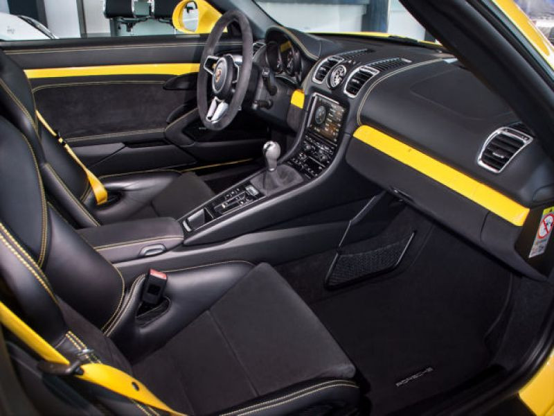 Porsche Boxster Spyder 3.8 375 cv Jaune occasion à BEAUPUY - photo n°4
