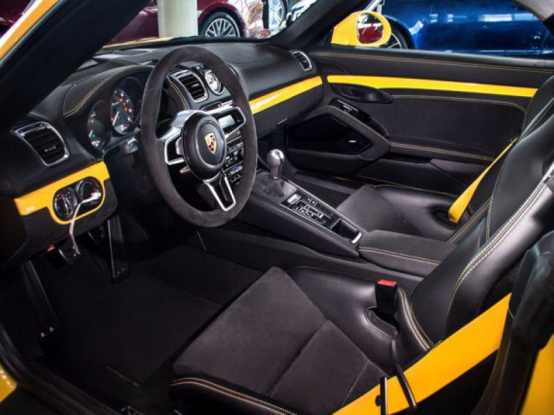 Porsche Boxster Spyder 3.8 375 cv Jaune occasion à BEAUPUY - photo n°3