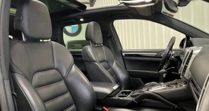Porsche Cayenne 3.0 262 cv PLATINIUM EDITION 04/2017 1ere MAIN Noir occasion à Cosnes Et Romain - photo n°6