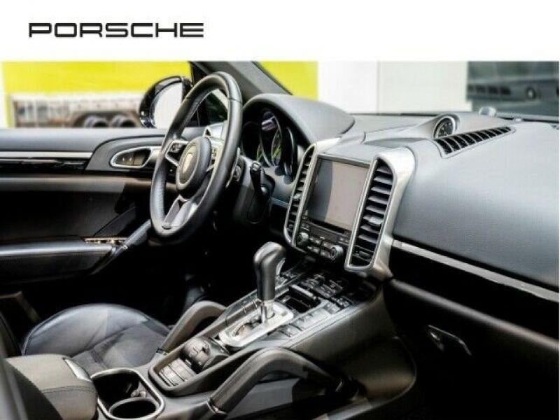 Porsche Cayenne 3.0 E-HYBRID 416 PLATINUM Noir occasion à BEAUPUY - photo n°4
