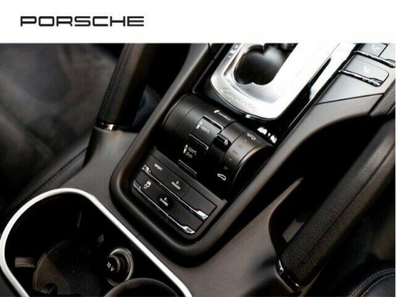 Porsche Cayenne 3.0 E-HYBRID 416 PLATINUM Noir occasion à BEAUPUY - photo n°8